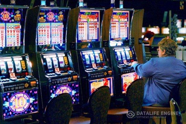 Игровой автомат Скачки (Black Horse) играть онлайн бесплатно